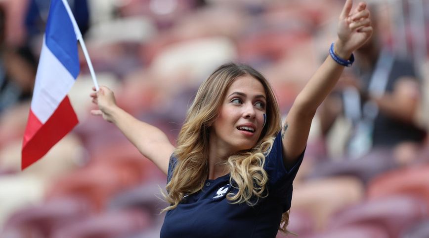 2018世界杯美女球迷们不断地集体上线