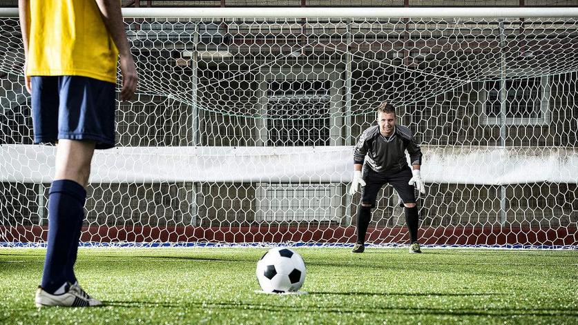 博弈论第4讲「足球比赛与商业合作之最佳对策」