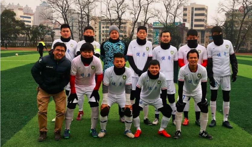 上饶健身包揽龙溪2019贺岁杯足球赛冠亚军