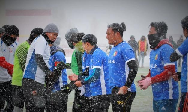"""称多县2019年第四届""""迎新杯""""雪狮夺冠"""
