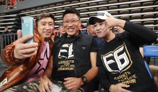 前国脚张恩华南下执教中乙球队广西宝韵
