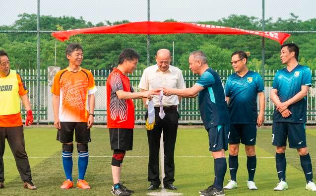 江苏空管分局与南京机场扩建办举行友谊赛