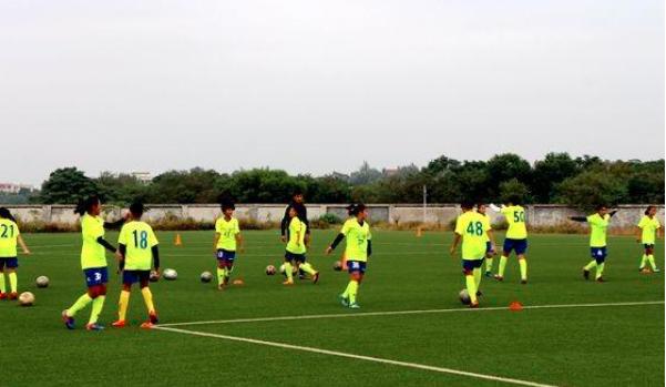 上海足球培训机构 乐动体育如何呢?