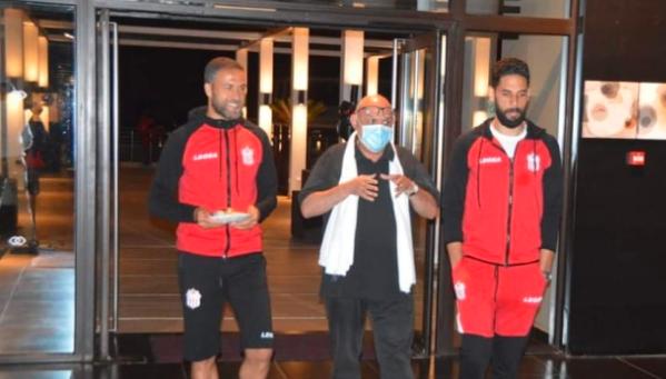 哈沙尼亚高层管理者访问球队训练中心